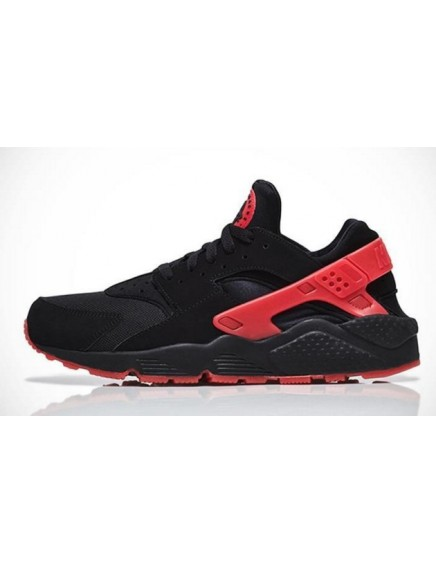 BLACK RED NIKE HUARACHE