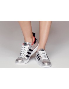 SILVER ADIDAS SUPERSTAR 00:45:50