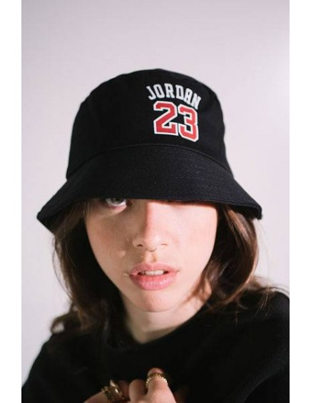 Gorro Negro Jordan 23