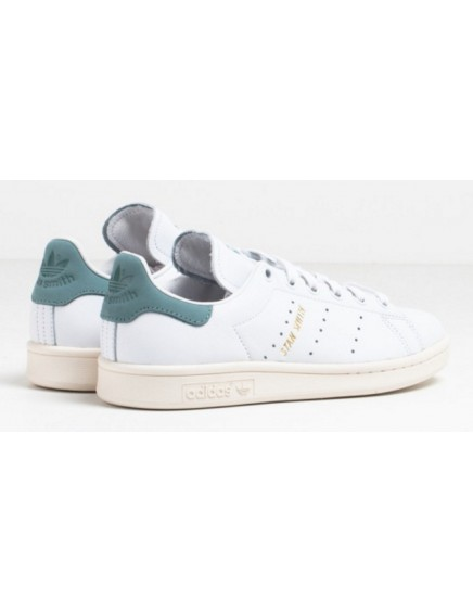 GREEN VELVET ADIDAS STAN SMITH