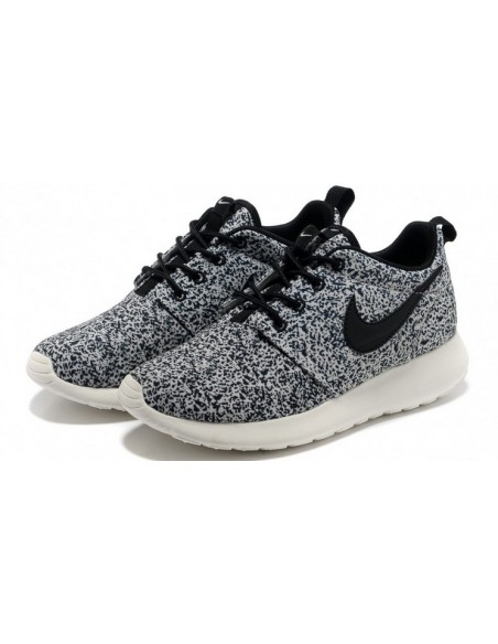 Roshe Run White&Black Model 6